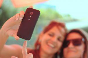 Oltre il selfie: usare i social per trovare lavoro